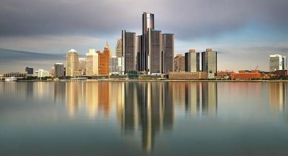 12. Detroit, Michigan - 159,696 single women