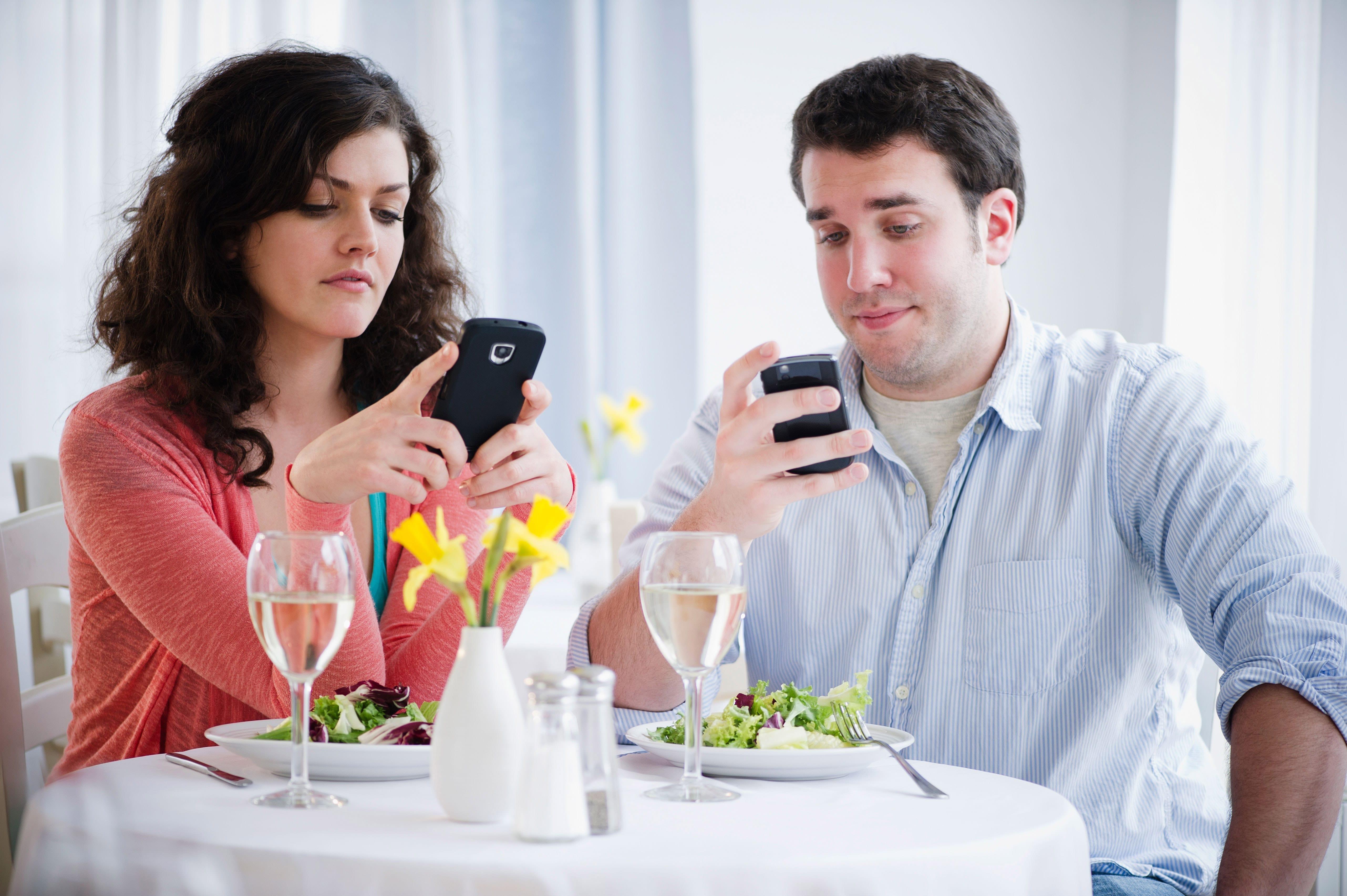 Aus diesem Grund nutzen Akademiker Online Dating Dienste in der Schweiz