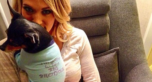 Carrie Underwood & The Dog T-Shirts