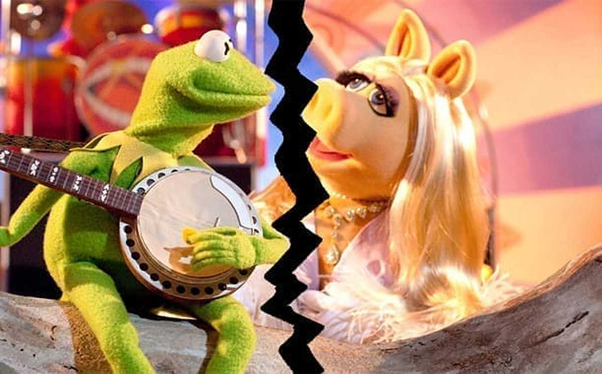 Photo of Kermit and Miss Piggy breakup
