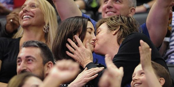 Photo of Paul McCartney and Nancy Shevell kissing in public