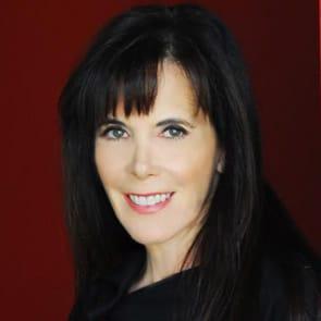 Photo of Julie Spira