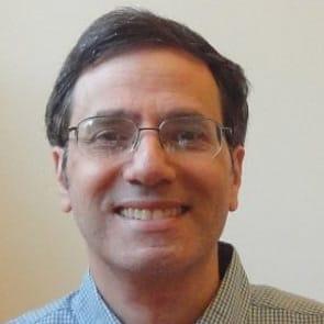 Photo of Steve Urow, Founder of VeggieDate.org