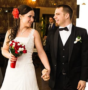 Photo of Scott and Raluca, a cMatch success story, on their wedding day