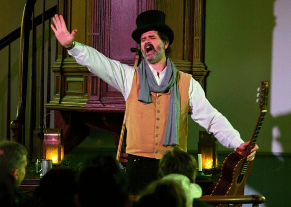Photo of Jim Keyes performing