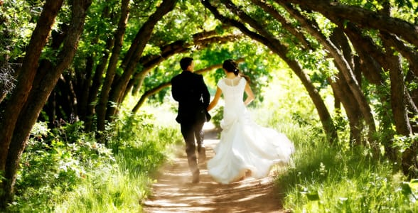 Photo of a married couple at Red Butte Garden