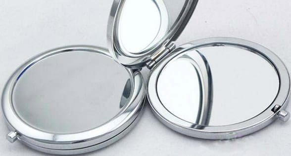 Photo of a compact mirror