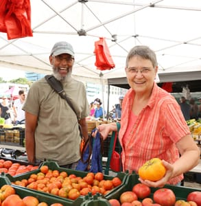 Photo of a couple shopping at GrowNYC's greenmarkets