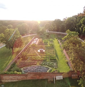 Photo of the upper gardens at Mount Vernon