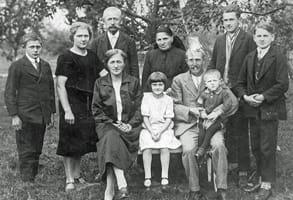 Photo of Franz Xaver Löffler and his family
