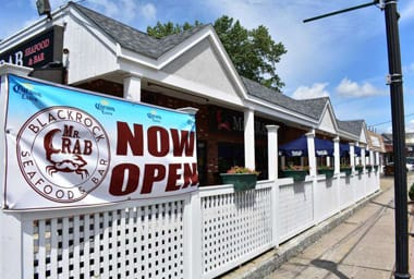 Mr. Crab Seafood and Bar