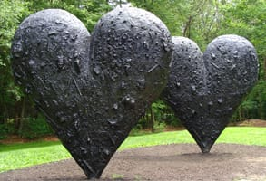 Photo of Two Big Black Hearts sculpted by Jim Dine