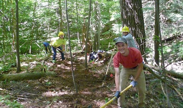 Photo of Scenic Hudson volunteers working