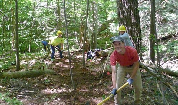 Photo of Scenic Hudson volunteers working