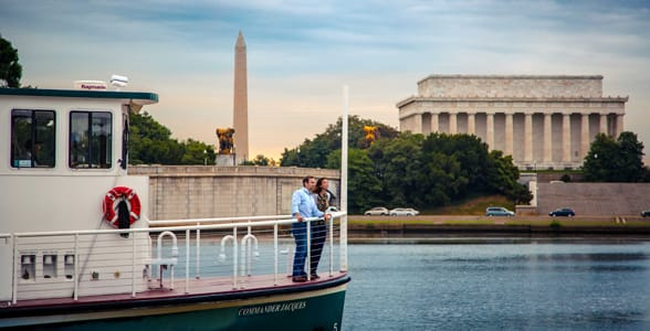 Photo of a water taxi on the Potomac River