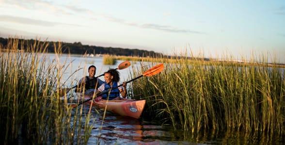 Photo of a couple kayaking on Hilton Head Island