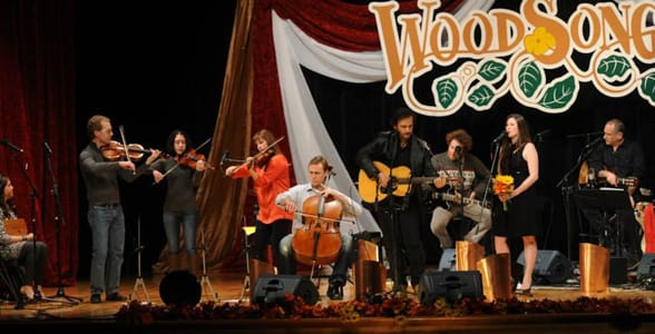 Photo of a WoodSongs show