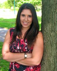 Photo of Danielle Massi, one of Philadelphia MFT's founding therapists