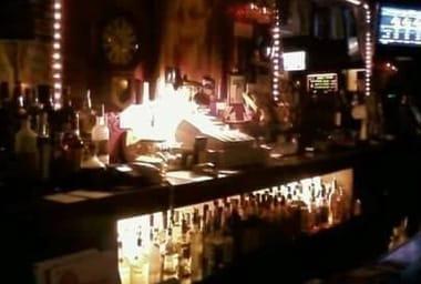 Fling Cocktail Lounge