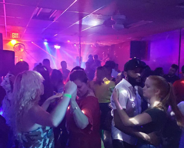 Winston-Salem Singles Clubs