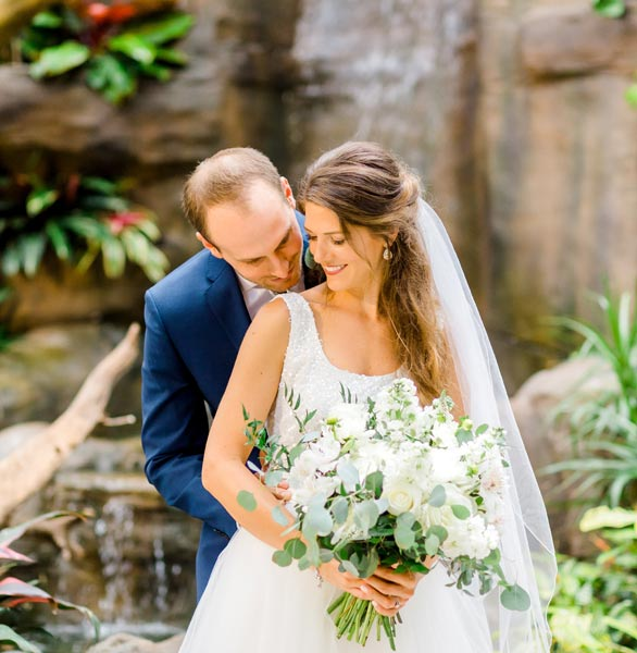 Photo of Jimmy and Janelle Whittle's wedding in the tropical rainforest habitat