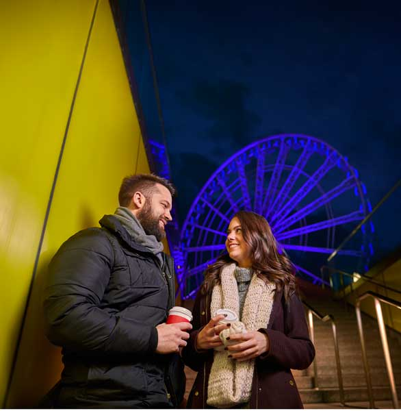 Photo of a couple at Navy Pier