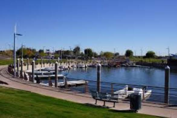 Photo of Tempe Town Lake's harbor