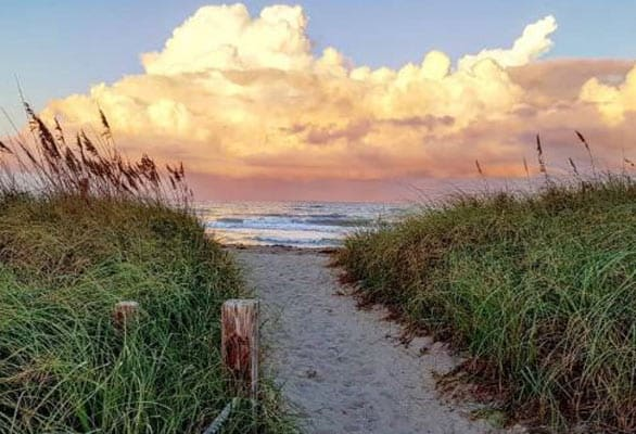 Photo of a beach in St. Lucie County