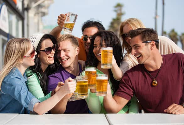 Photo of friends drinking beer