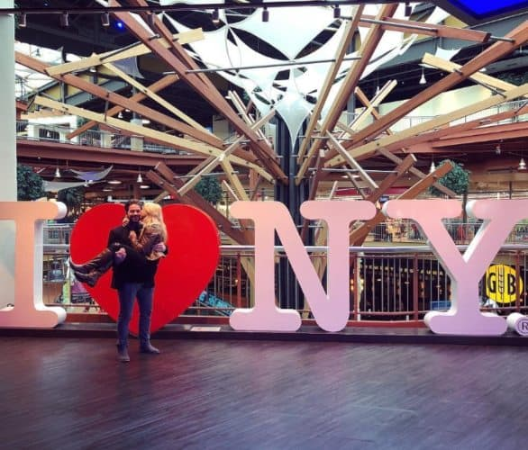Photo of Missjennylifts and her boyfriend