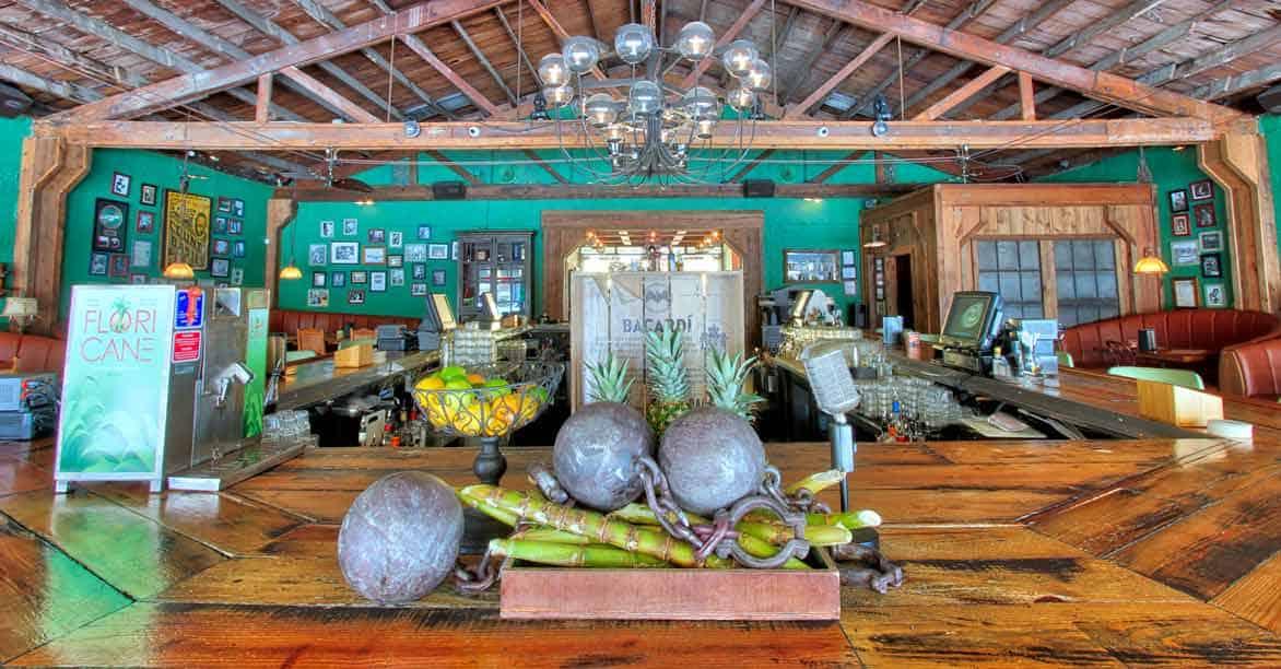 Photo of Ball & Chain interior